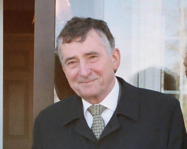 Dr Bert Farrell